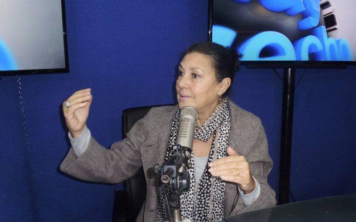 Fabiola León-Velarde - Ideeleradio