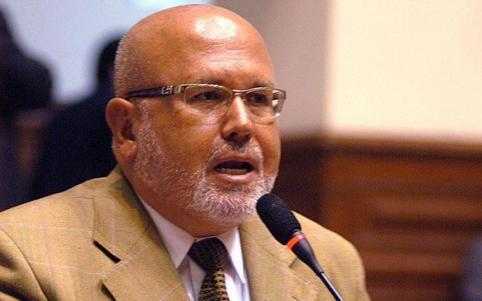 Carlos Bruce - Ideeleradio