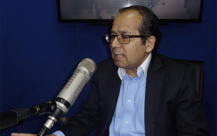 Ronald Gamarra - Ideeleradio