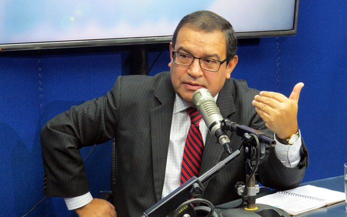 Alberto Otárola - Ideeleradio