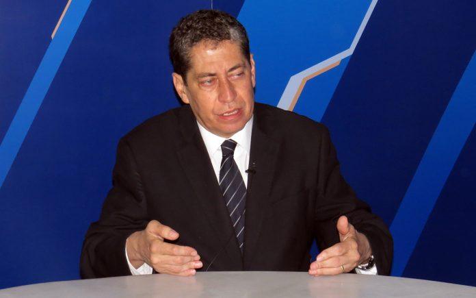 Eloy Espinosa-Saldaña - Ideeleradio