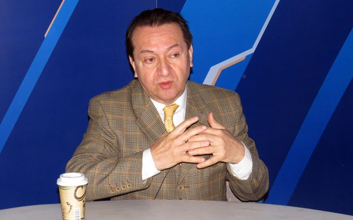Luis Benavente - Ideeleradio