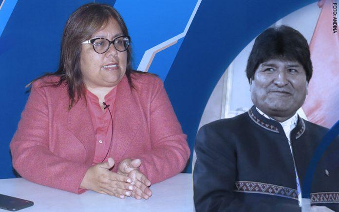 Giovanna Peñaflor - Evo Morales (Foto: Congreso)