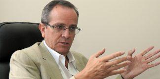 Alberto Acosta - Fuente: Revista Galde 19